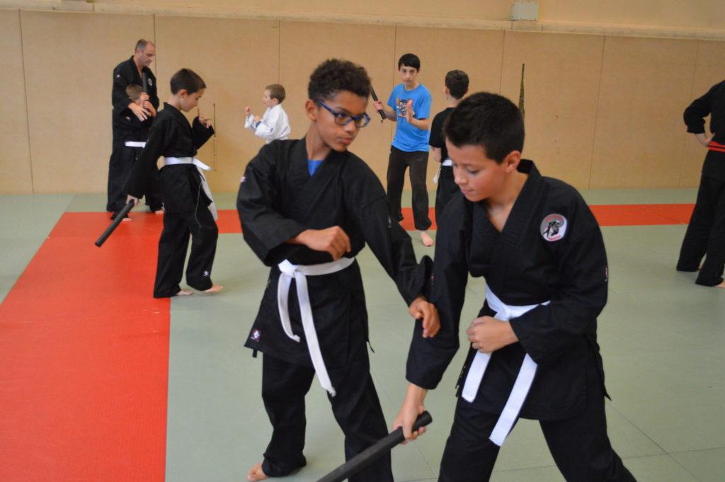 Entrainement enfant, défense contre batte
