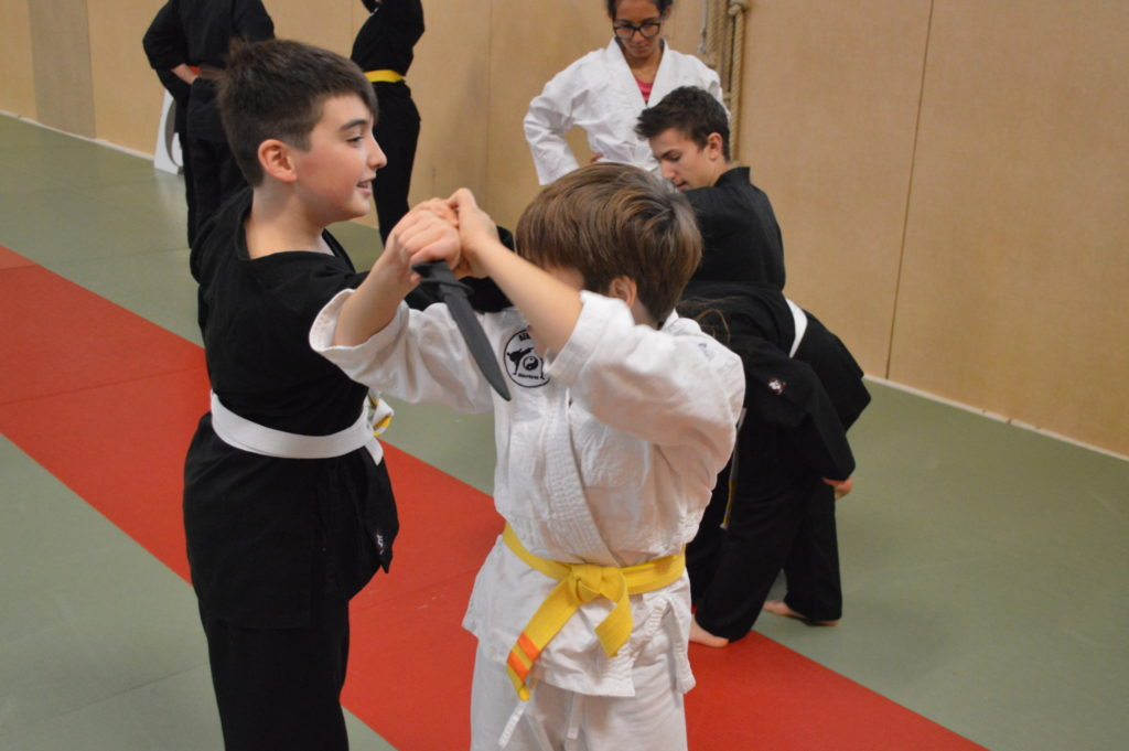 Entrainement enfant, défense contre couteau