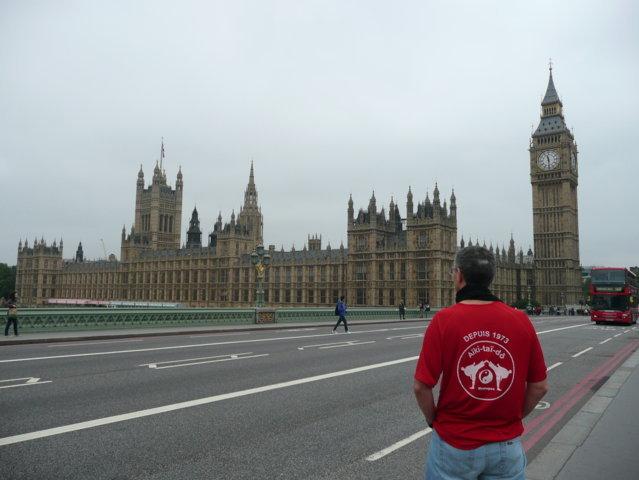 2013 Eric en Angleterre (Big Ben à Londres)