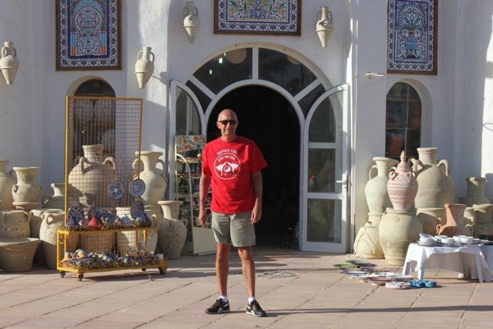 2013 Jean-Marie en Tunisie (Potier à Hammamet)